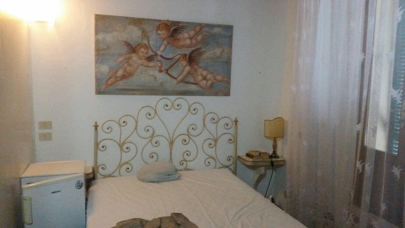 Siena cedesi attività di Bed and Breakfast in zona Valli