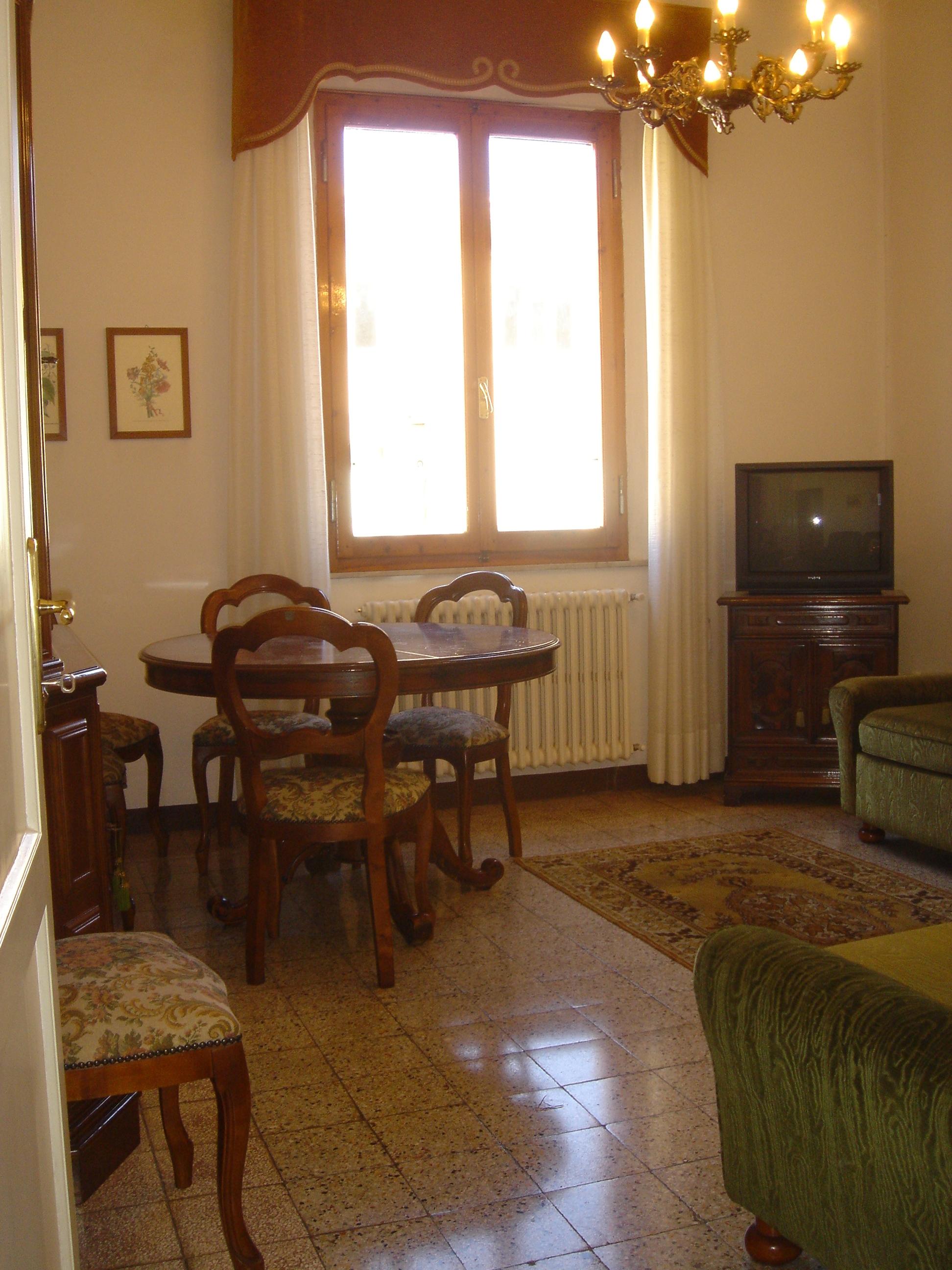 Siena ( Viale Mazzini )