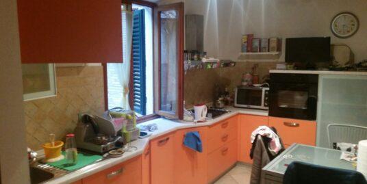 Siena, Piccolo Appartamento In Porta Fontebranda