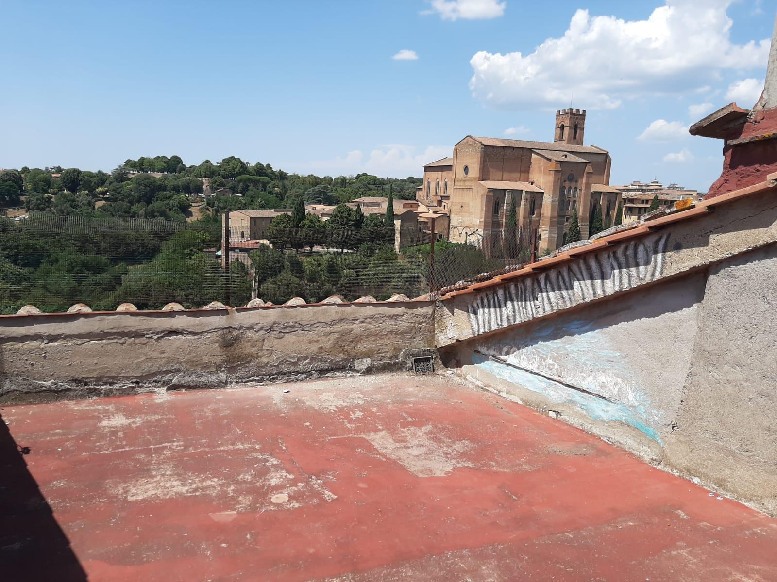 Siena – Centro storico ( Selva ) con terrazzo!!!